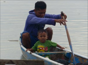 Palu_father_boat