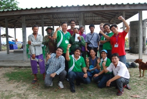 Fishers of Ban Karchur in Rayong Province of Thaialnd and EAFM participants from  Cambodia, Vietnam, Thailand, Indonesia, the Netherlands, Laos, and the Philippines.