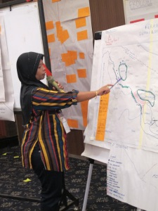 A participant presented the defined fishery management unit they would focus on for the rest of the workshop.