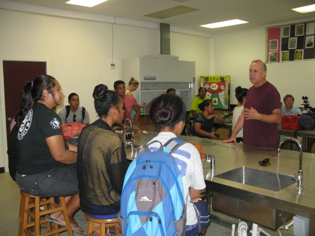 Figure 2. Mr. Robert Humphreys presents to students.